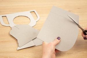 Cómo hacer una copa de cartón DIY