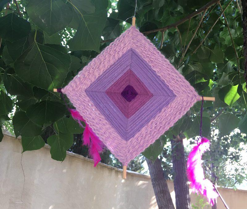 Cómo hacer un amuleto o Mandala de lana