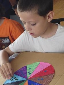 Nueva manualidad infantil de rueda de matemáticas