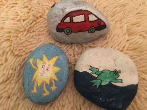 ideas para pintar sobre piedras de rio
